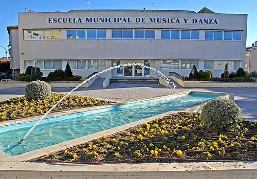 Proceso de matriculación de alumnos/as en la Escuela Municipal de Música y Danza Joaquín de Luz