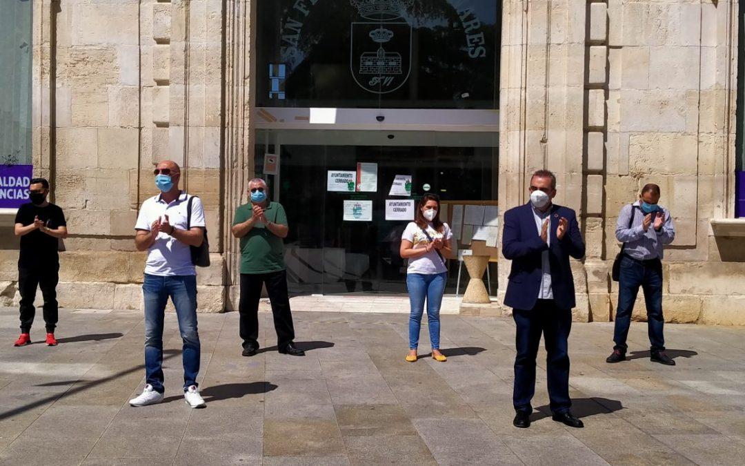 San Fernando se une al minuto de silencio por las víctimas del COVID-19