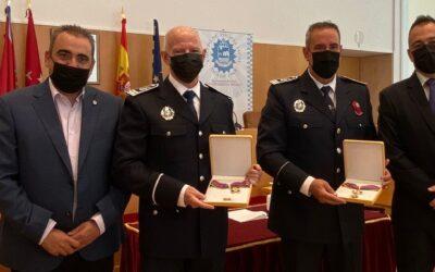San Fernando de Henares celebra el patrón de la Policía Local con la entrega de insignias, felicitacionesy medallas a los/as integrantes del Cuerpo