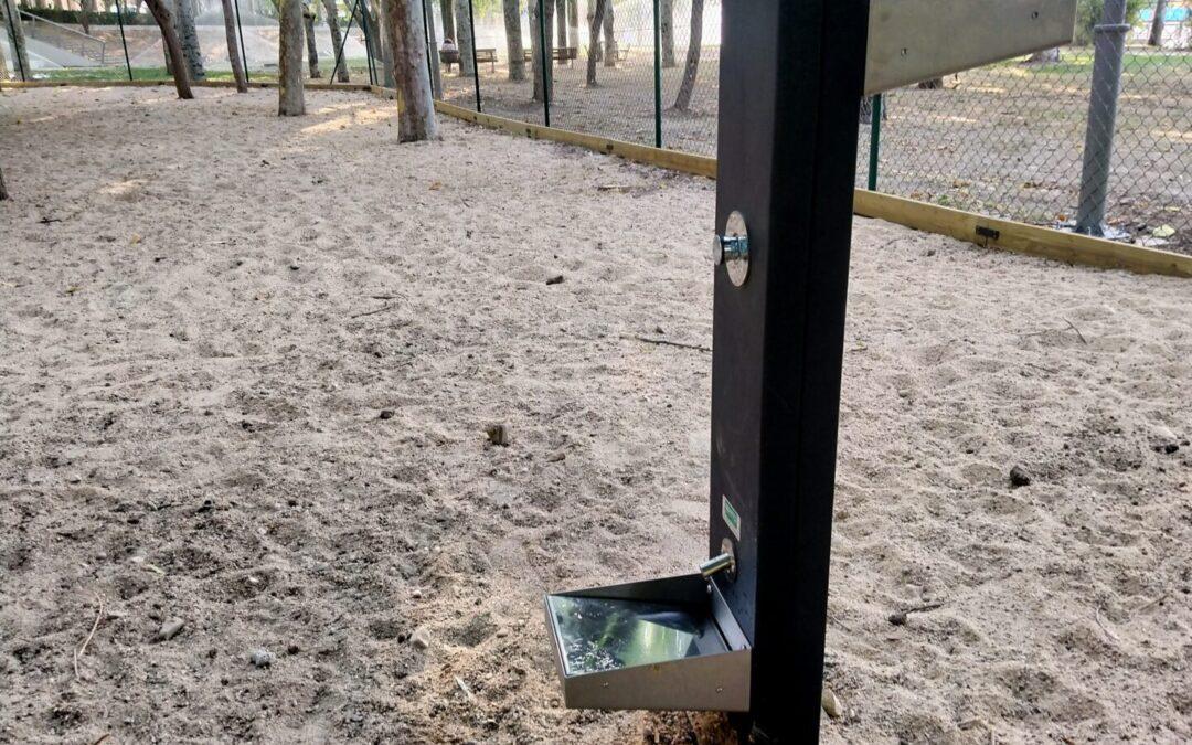 Comienza a funcionar la nueva área canina ubicada en el parque Dolores Ibárruri, con vallado perimetral, fuente, iluminación y dos puertas de acceso