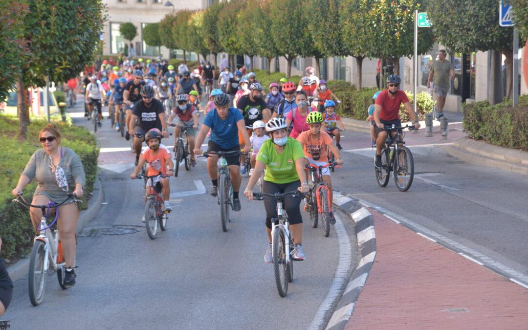 Gran éxito de participación en la Fiesta de la Bicicleta organizada desde la Concejalía de Deportes