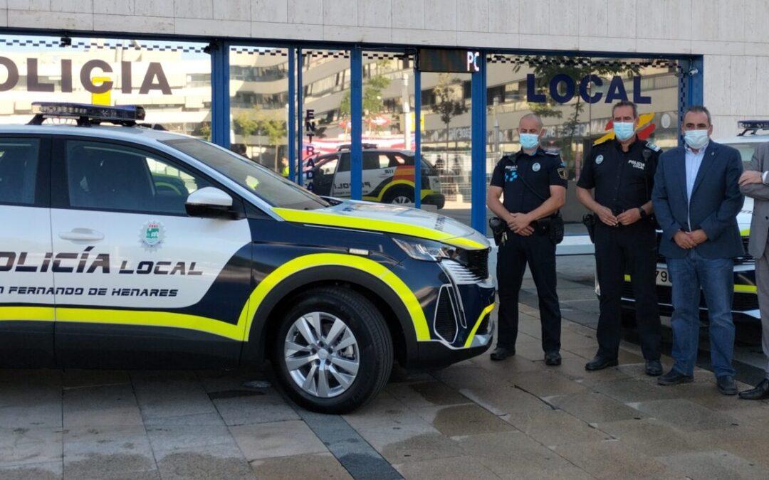 Policía Local dispone de dos nuevos vehículos que hoy comienzan a prestar servicio en las calles de San Fernando de Henares con altas prestaciones de seguridad y respetuosos con el medio ambiente